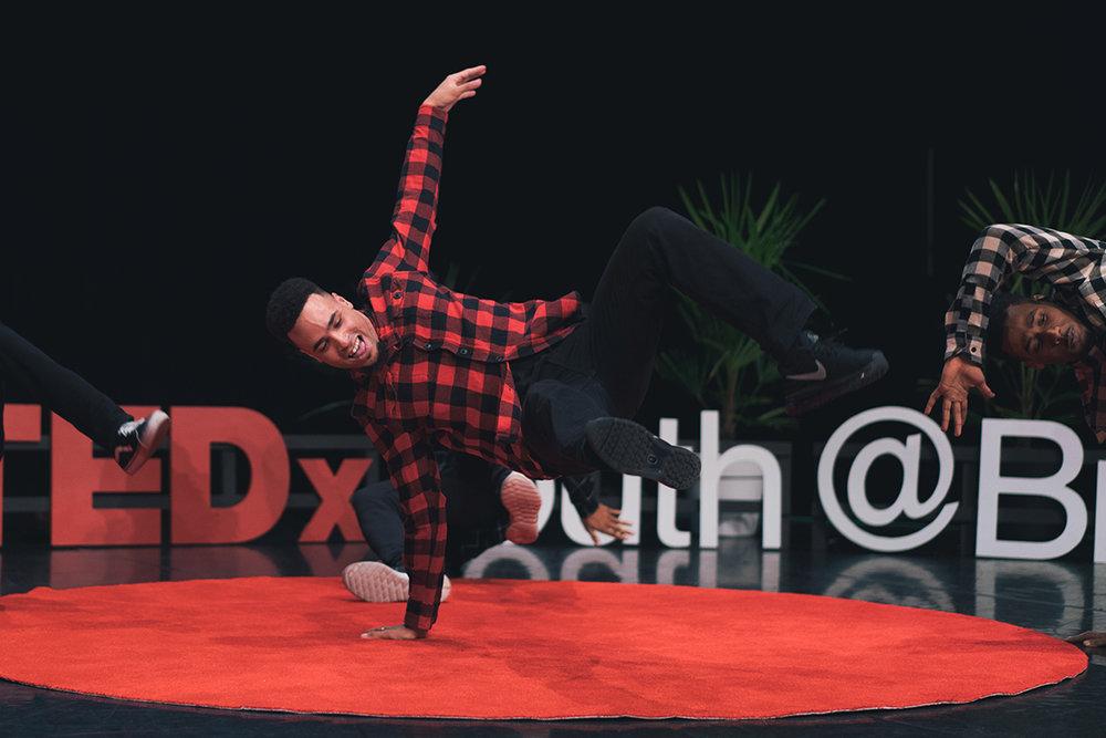 TEDxYouthBrum-64-KeyInfinity-Thom.jpg