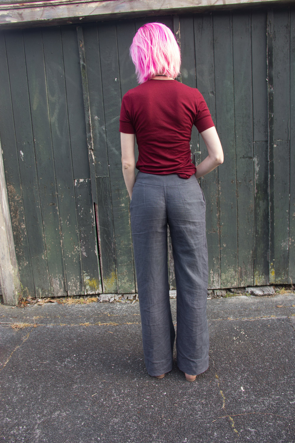 back view linen pants with waist dart