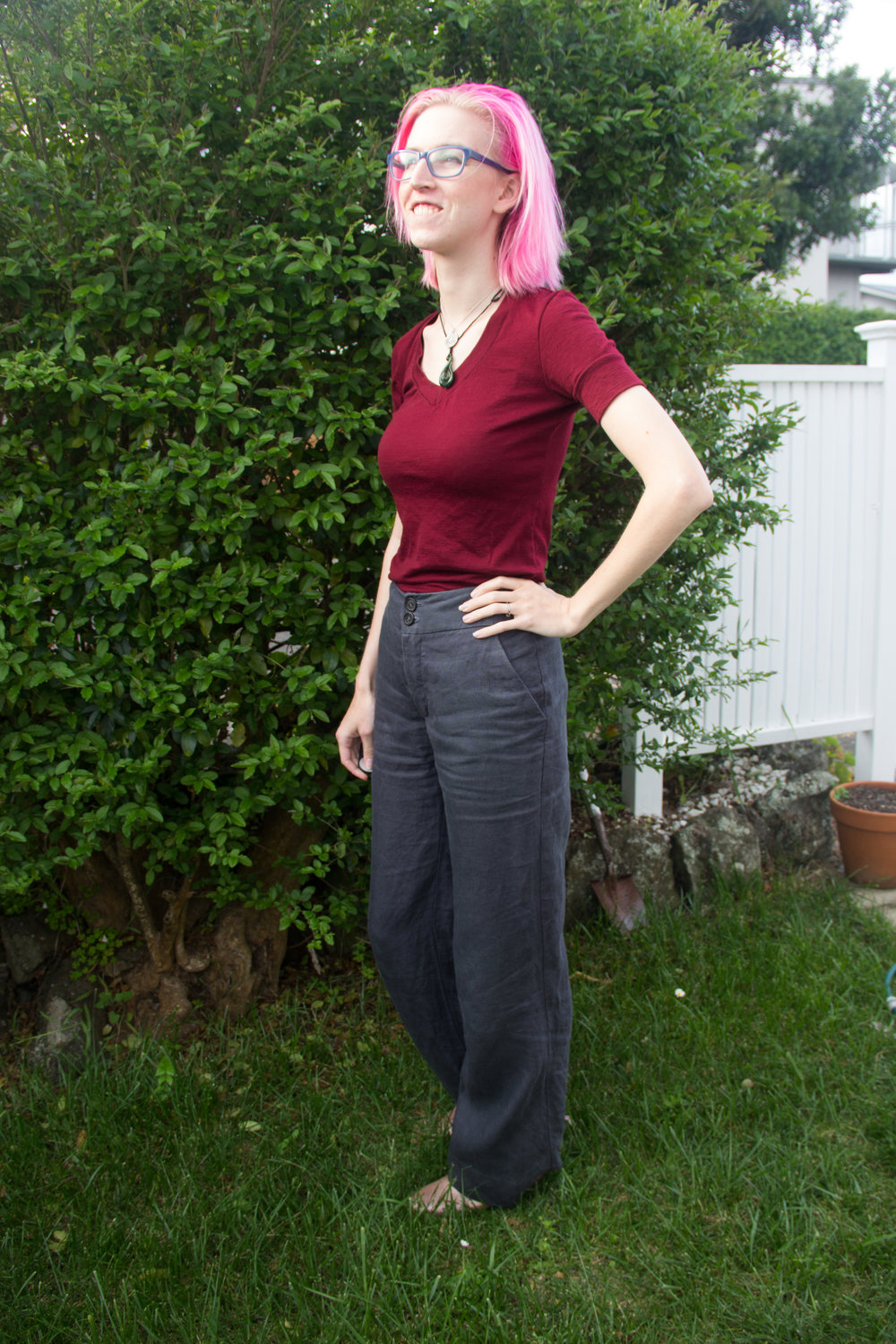 side view linen pants