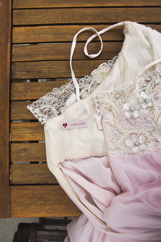 dress-tag