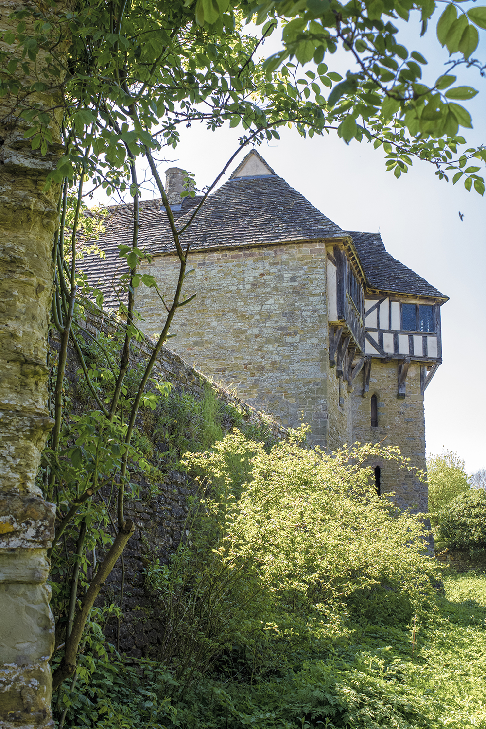 Stokesay Castle 5 May 6 2018.jpg