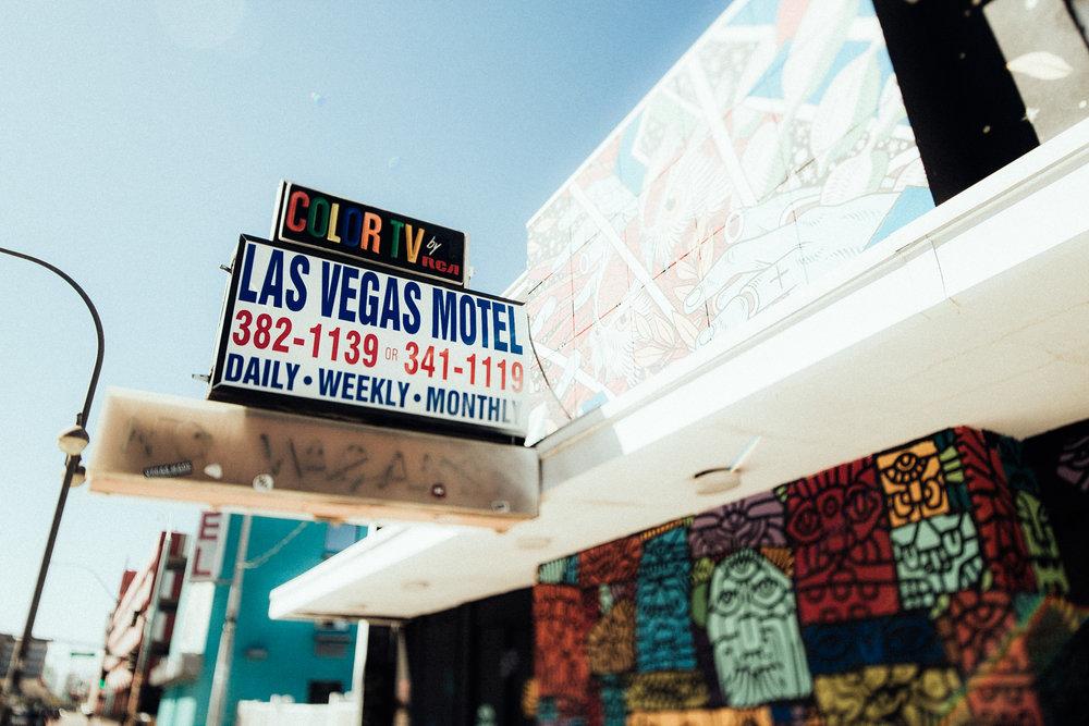 Ben_Georgina_Eloped_Las Vegas_002.jpg