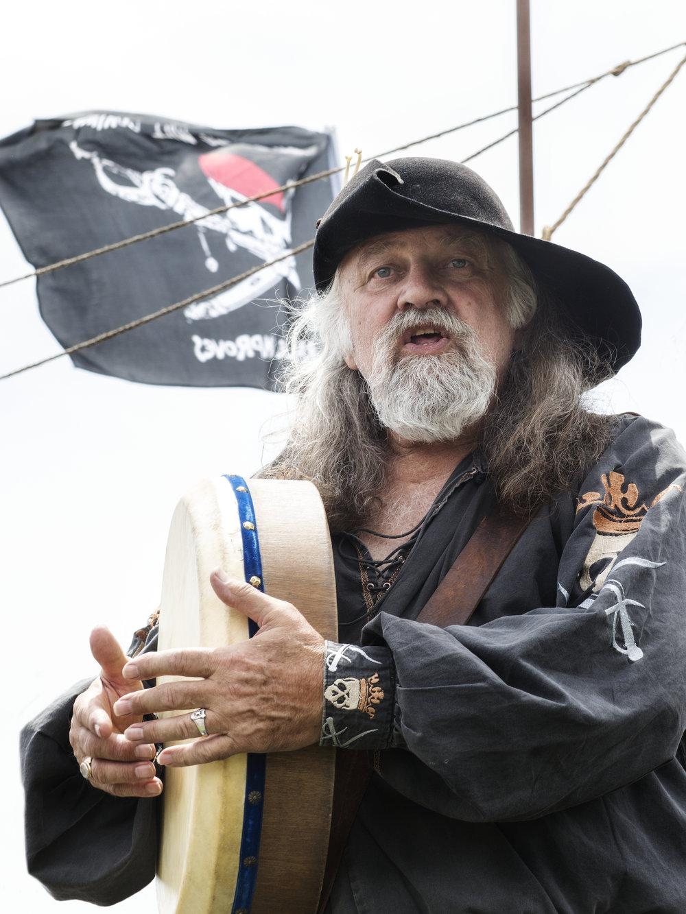 pirate224.jpg