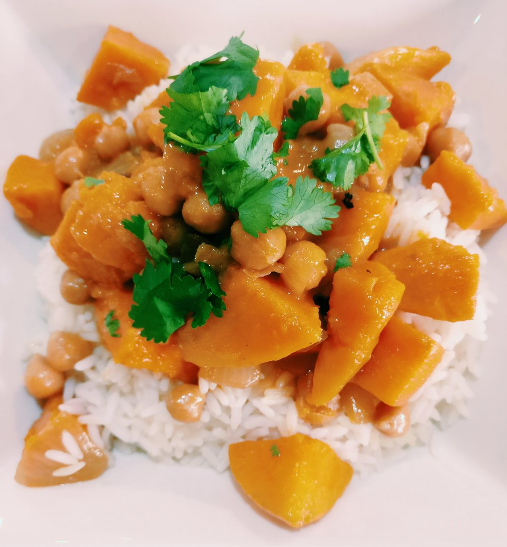 Vegetarian Curry - Ingredients1 T Oil1 Onion - Diced1 T Red Curry Paste1 Tin Coconut Cream1 T Soy Sauce1/2 T Sugar2 Medium Kumara (diced)1 Tin Chickpeas (drained and rinsed)2 C RiceCorianderMethod1. Brown the onion in a small amount of oil in a large frying pan on a medium heat2. Add the red curry paste to the frying pan and stir for 1-2 mins until it smells fragrant3. Add the kumara and chickpeas to the frying pan and stir to coat in the curry mixture4. Add the coconut cream, sugar and soy sauce to  the frying pan. Cover and simmer on a low heat for 15-20 mins until the kumara is cooked through (add a small amount of water if the sauce is getting too thick)5. Serve the curry with rice and garnish with coriander