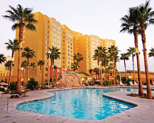 The Grandview Las Vegas is located walking distance from South Point Casino