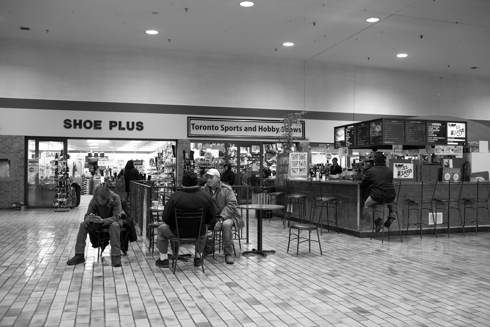 West-End-Phoenix-Feb2018-Galleria-Mall-Jeff-Harris-3.jpg