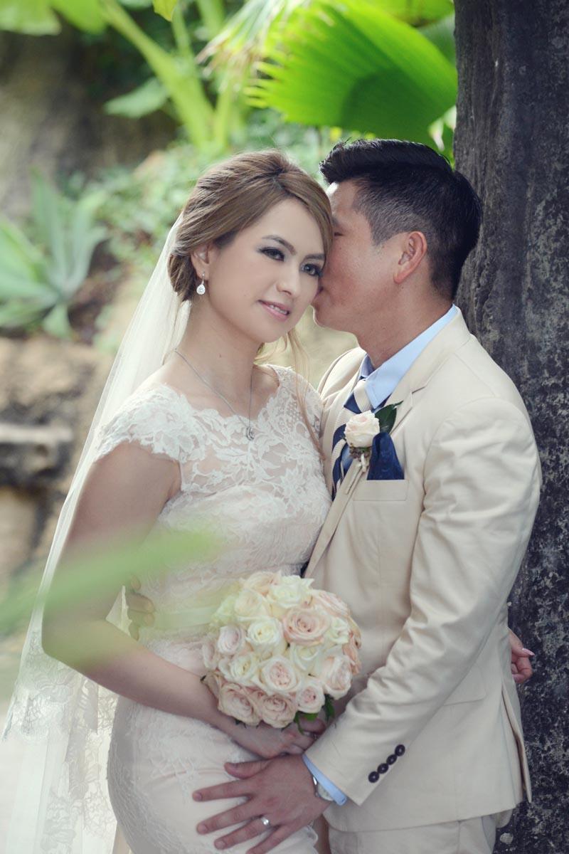 ICONIC-BRIDE-409387.jpg