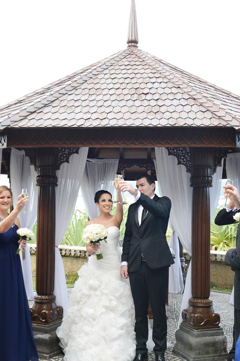 ICONIC-BRIDE-600603.jpg