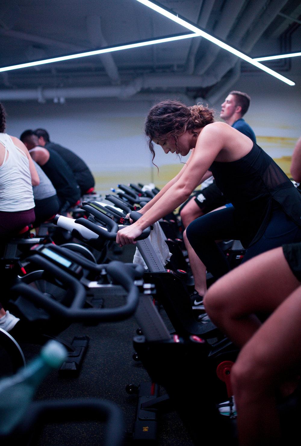fitness studios -