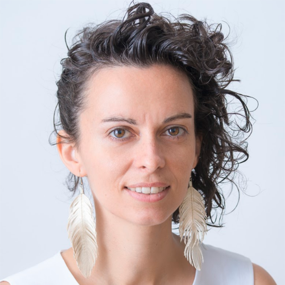 Alicia Trepat   |  Vienna  I'm passionate about experimenting with spaces that enable  personal empowerment such as self-organised teams and communities. I study and explore the future of work, decentralised organisations and shared-governance models.