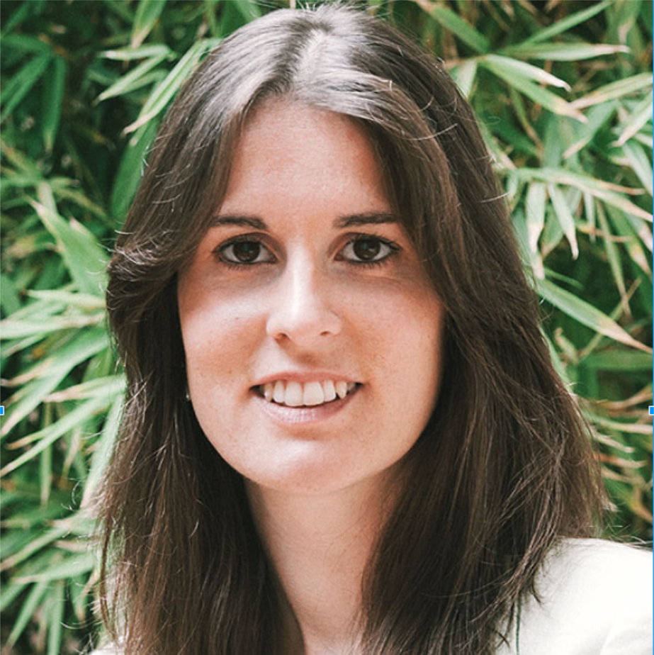 Ana Manzanedo   |  Barcelona  I lead the Governance and Community development of the Ouishare Spanish community from where I have  experimented with self-organisation dynamics, stigmergy and do-ocracy principles. Her main focus lies on how technology-engabled collaborative governance models.