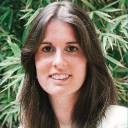 Ana Manzanedo - II lead the Governance and Community development of the Ouishare Spanish community from where I have experimented with self-organisation dynamics, stigmergy and do-ocracy principles. My main focus lies on how technology-engabled collaborative governance models.