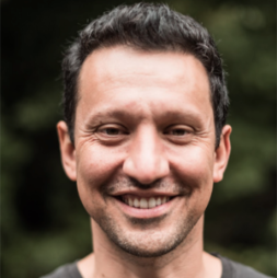Manel Heredero - I believe in the power of innovative and agile organisations empowering their teams to create value and have a positive impact. I am fascinated by networked organisations, distributed leadership and innovative governance models. My focus is on collective intelligence and strategic learning.