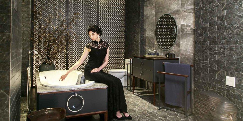 強調生活中體驗藝術性,以擬人手法界定風格,呈現KOHLER智慧科技套間、奢華套間、家庭套間、經典套間