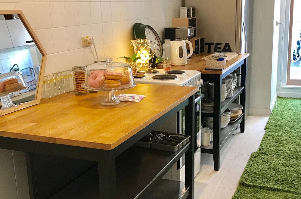 Kitchen (1).JPG