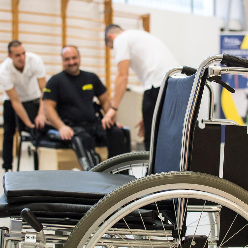25-un-passo-in-avanti-palestra-per-lesioni-spinali-roma-esoscheletro-chi-può-usarlo.jpg