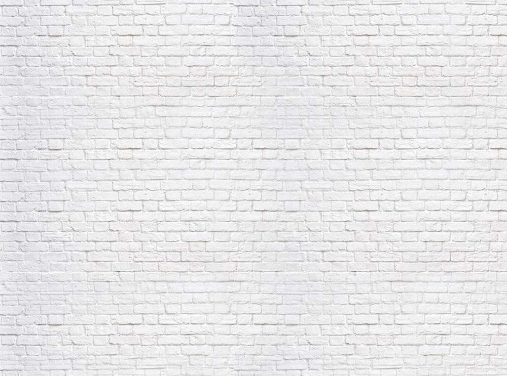 - Lee Stafford est l'un des coiffeurs les plus influents du Royaume-Uni.Proclamé 'Men's British Hairdresser of the Year', il rêvait de lancer une marque de soins capillaires unique, originale et branché. Afin de créer la gamme de soins parfaite, chaque élément de la marque a été passé à la loupe. Lee Stafford brise la routine et est même le premier au monde à transformer l'ennuyeux et obligatoire code-barres sur ses produits en... un motif au design unique !Lee Stafford respire l'originalité.Le logo de Lee Stafford s'inspire du Staffordshire Bull Terrier, son chien préféré.Lee Stafford révolutionne totalement les soins capillaires!Lee Stafford est aujourd'hui une marque de soins capillaires de renommée internationale, couronnée de nombreux prix.Chaque produit de la gamme de soins Lee Stafford est le fruit du dévouement et de l'excellence. La qualité professionnelle, le conditionnement « hot pink » et les noms de produits insolites font depuis des années le succès de la marque.Les produits de Lee Stafford cessent n'importe quel problème capillaire et créent un look superbe de jour comme de nuit.Un traitement 'Hair Growth' est vendu chaque minute dans le monde entier. Lee Stafford fait fureur!