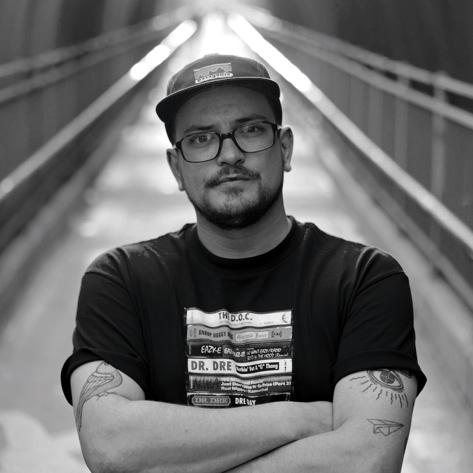 Bowser  ist DJ und Produzent aus Bern und bringt seit über 10 Jahren die Tanzflächen Schweizer Clubs zum Beben. Früh geprägt durch Vinyl, beginnt er als Rap-DJ aufzulegen. Stets auf der Suche nach Herausforderungen entwächst er dem Genre und beginnt unterschiedliche Stile zu mischen. Immer getreu dem Motto: Grenzen sind dazu da, überschritten zu werden. Zusammen mit  Dr!ve  aus London kreiert er regelmässig Remixes und Tracks und mit  DJ Seniorr  Video Scratch Routines (unter dem Namen  Cut Delivery ), die internationale Beachtung finden. Für sein neuestes Musikprojekt  TRIBE  arbeitet er mit dem Produzenten  NSTR  zusammen.    Homepage:  http://www.djbowser.ch/