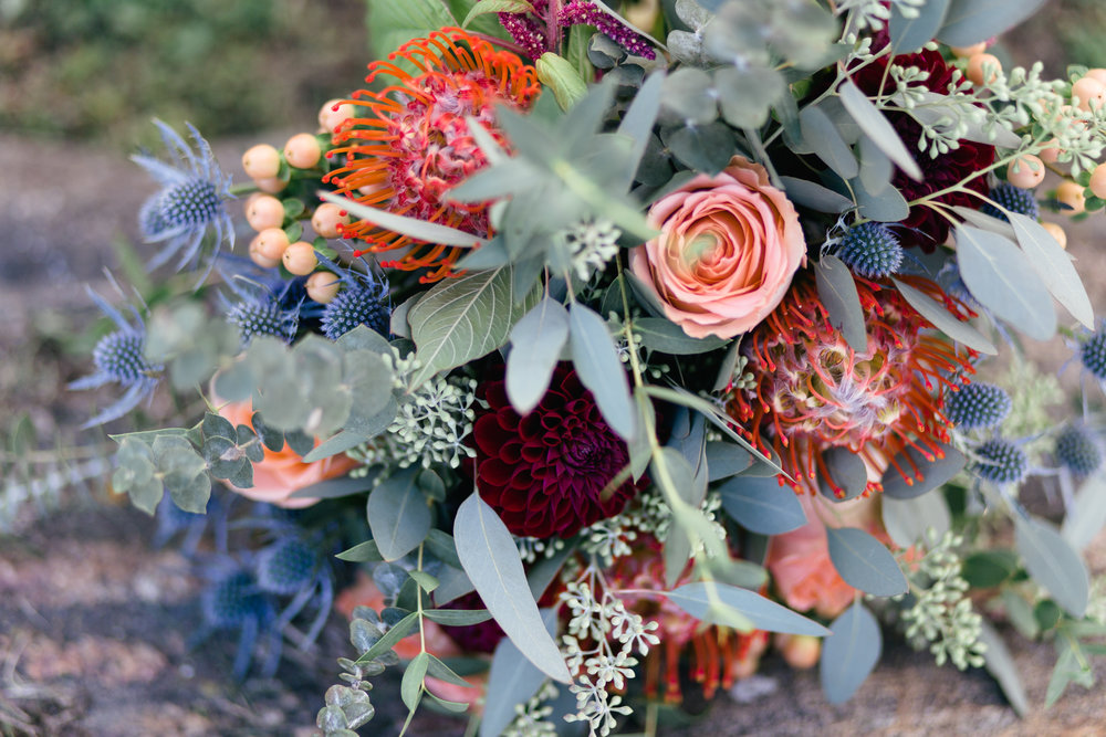 Ottawa Florist// What They Wish You Knew About Your Wedding Flowers.jpg