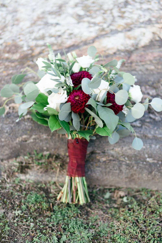 Trillium Floral Bouquet Photos-1.jpg