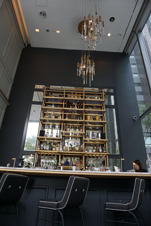 bover-lounge-high-bar