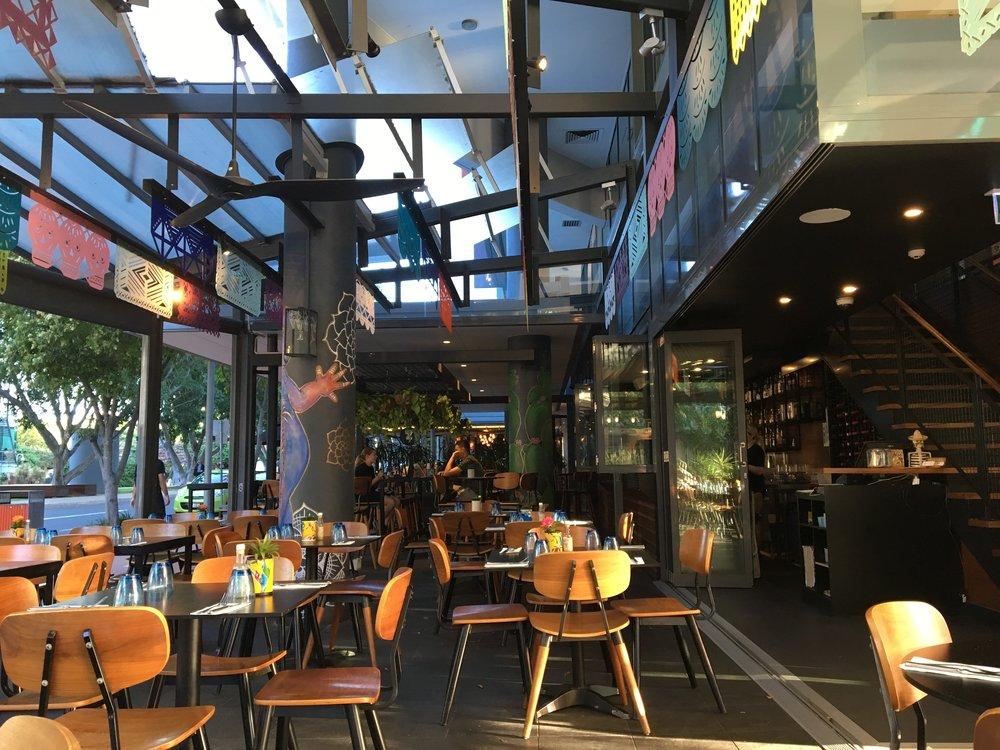 australia-brisbane-travel-southbank-dinner-2.JPG
