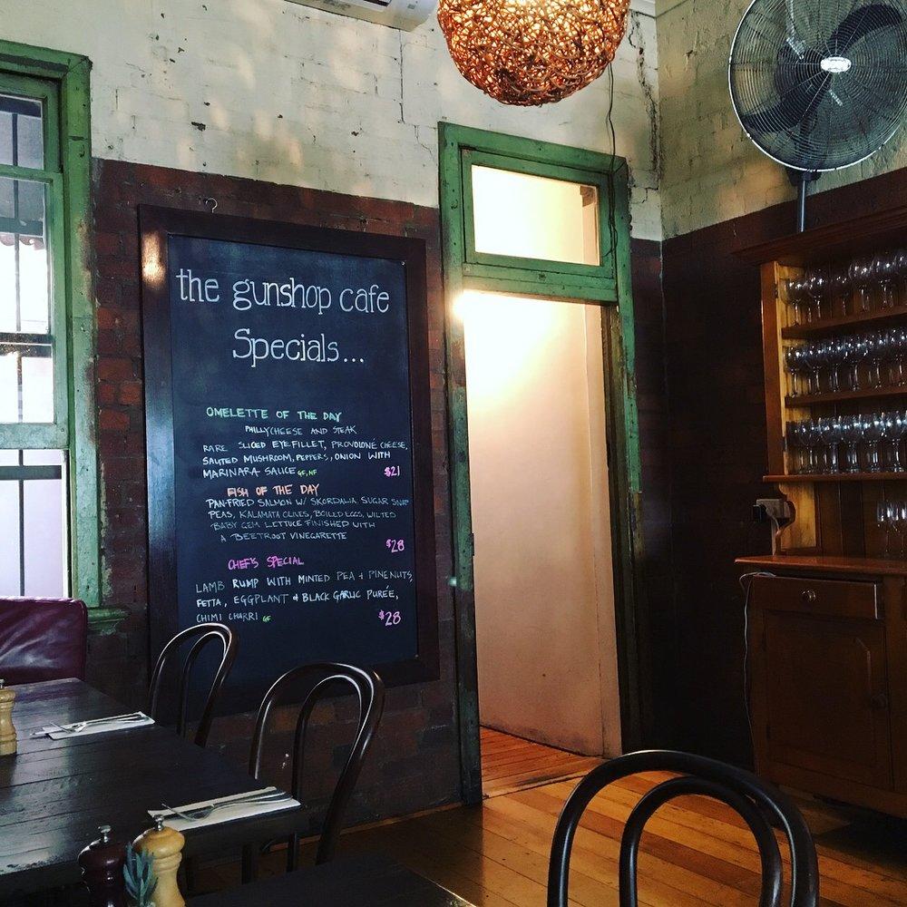 australia-brisbane-gunshot-cafe.jpg