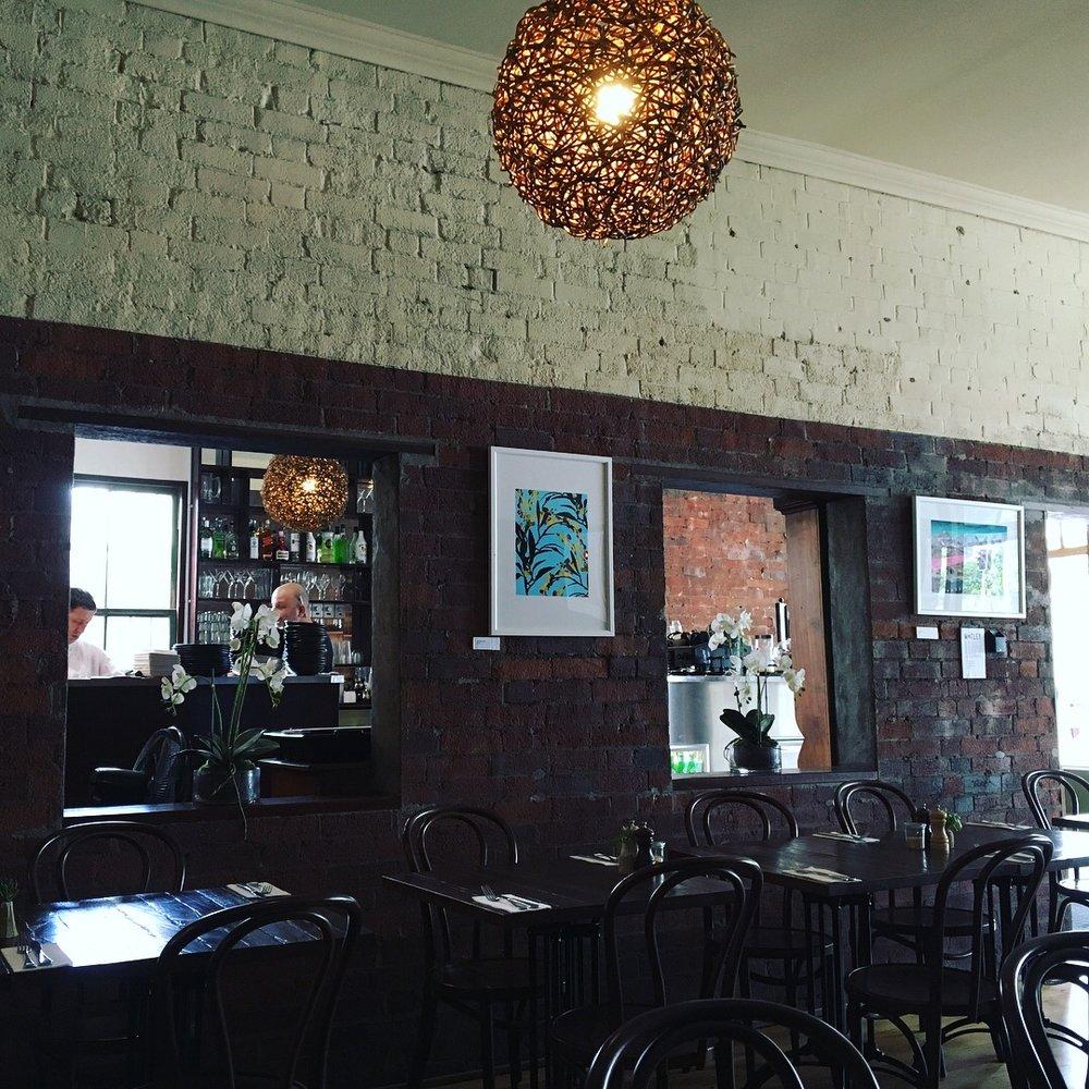 australia-brisbane-gunshot-cafe-3.jpg
