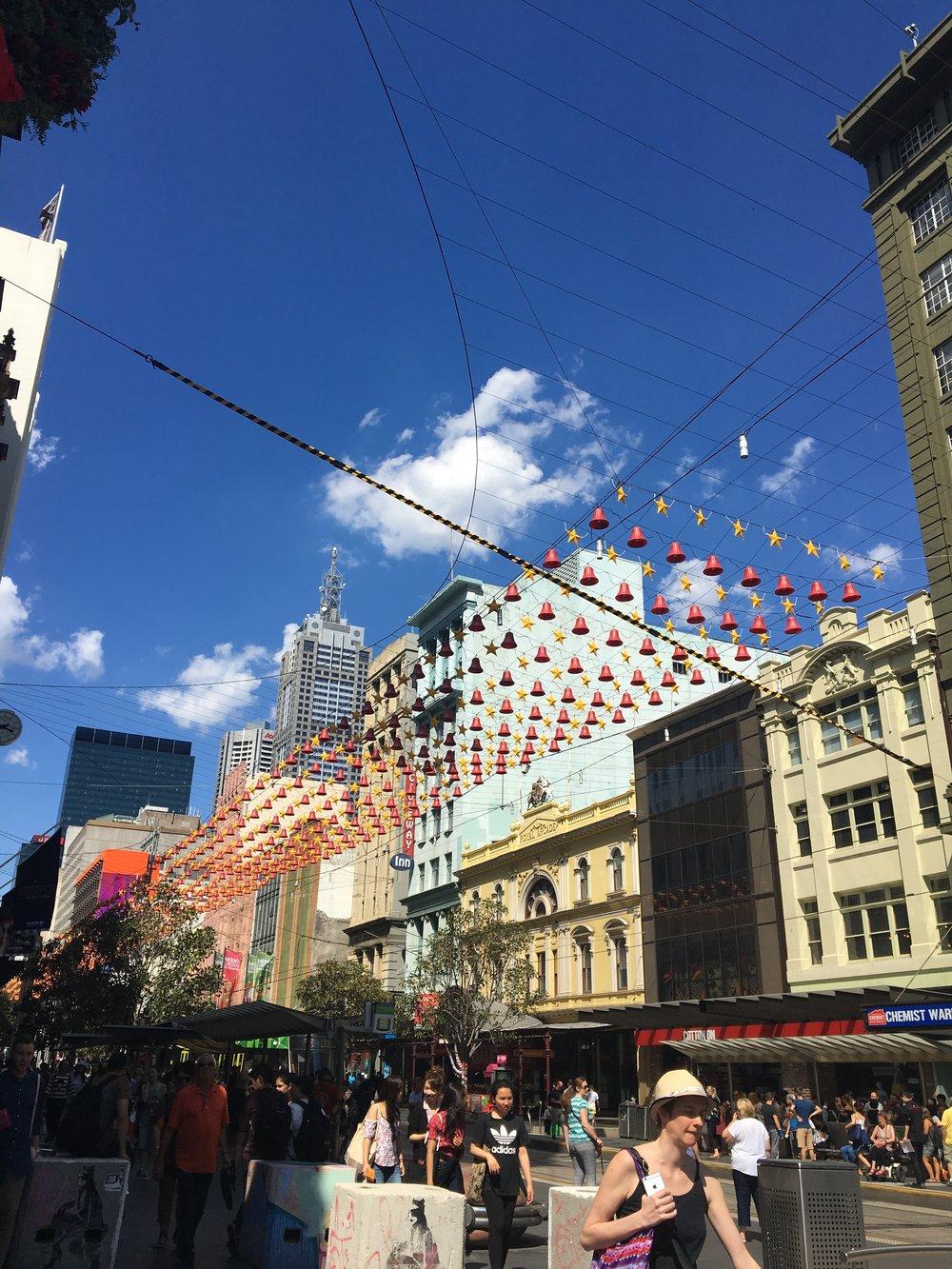 australia-melbourne-city-elizabeth-street-2.JPG