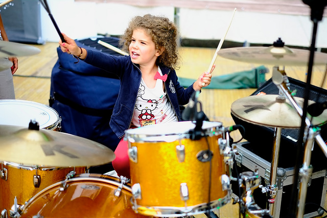 Little-drummer-girl.jpg