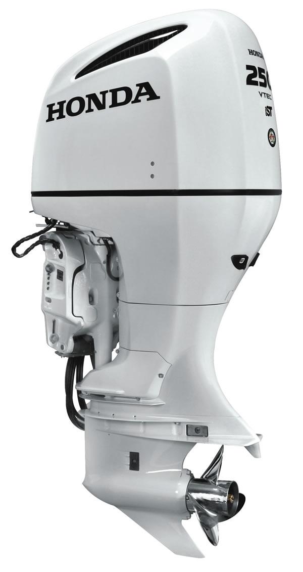 Honda_BF250_White_R_3-4.jpg