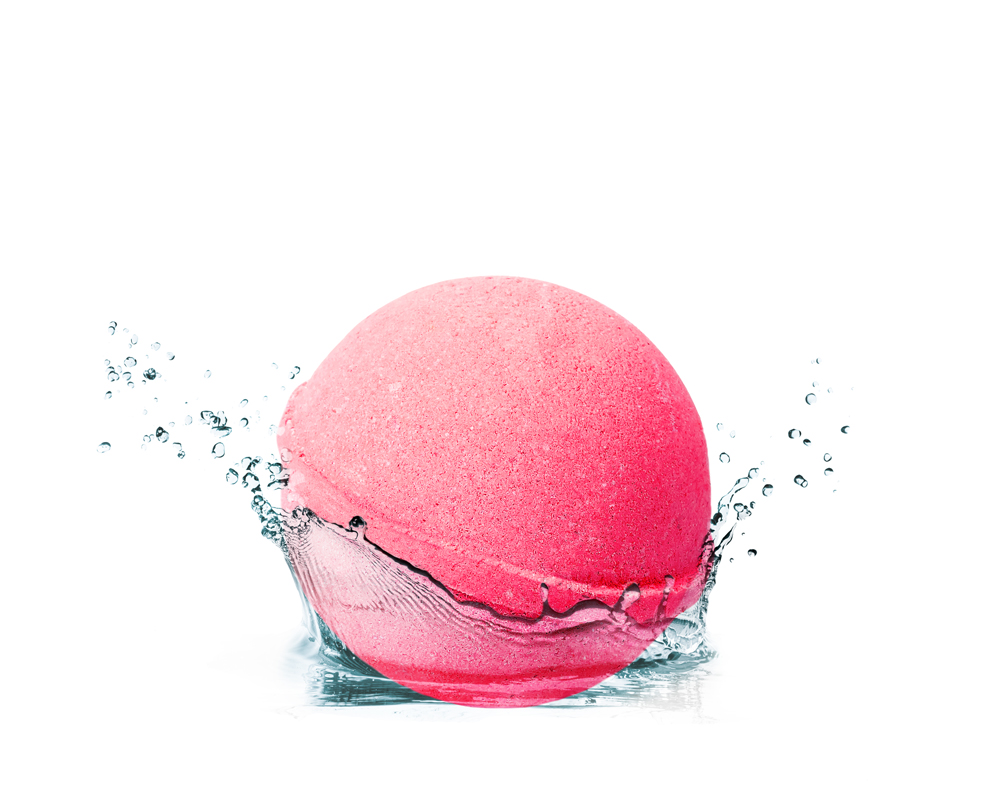 essentials_bathbomb_rouge_raspberry_1.jpg