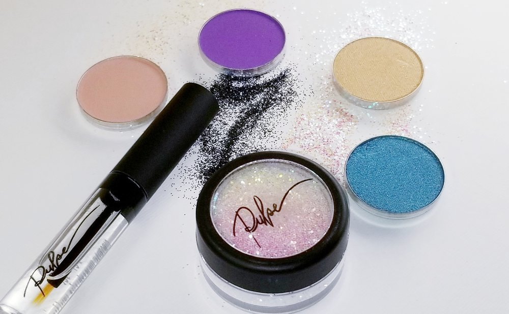 2018 Makeup Trends - It's 2018 and time to check in and see what the new Make Up Trends are. Is it still anything goes, or go bold or go home? Let's find out!-Pulse Cosmetics
