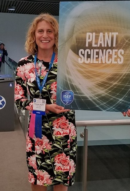 STEAM BotanyScience, Technology, Engineering, Arts and Mathematics Plant lessonswritten by me,Naomi Volain Plant Lady. -