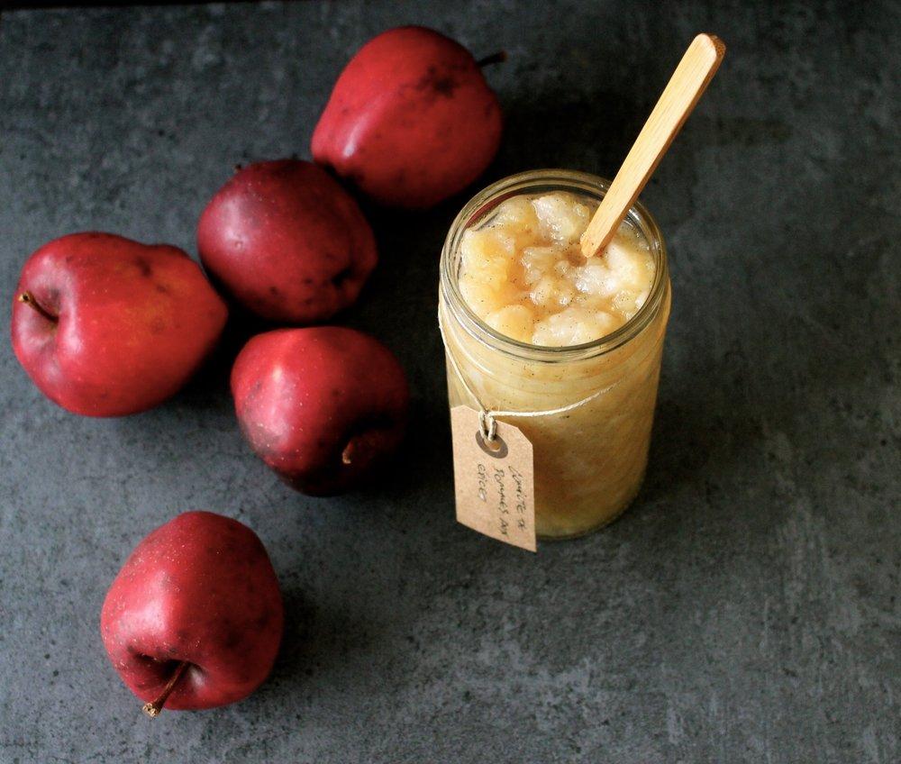 recette-cuisine-ayurvedique-compote-pommes-epices.JPG