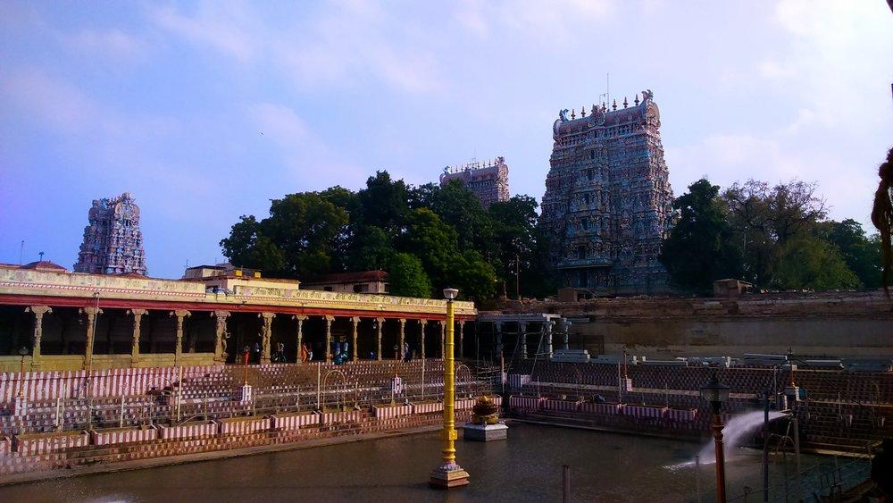 sri-Meenakshi-temple-madurai-india.JPG