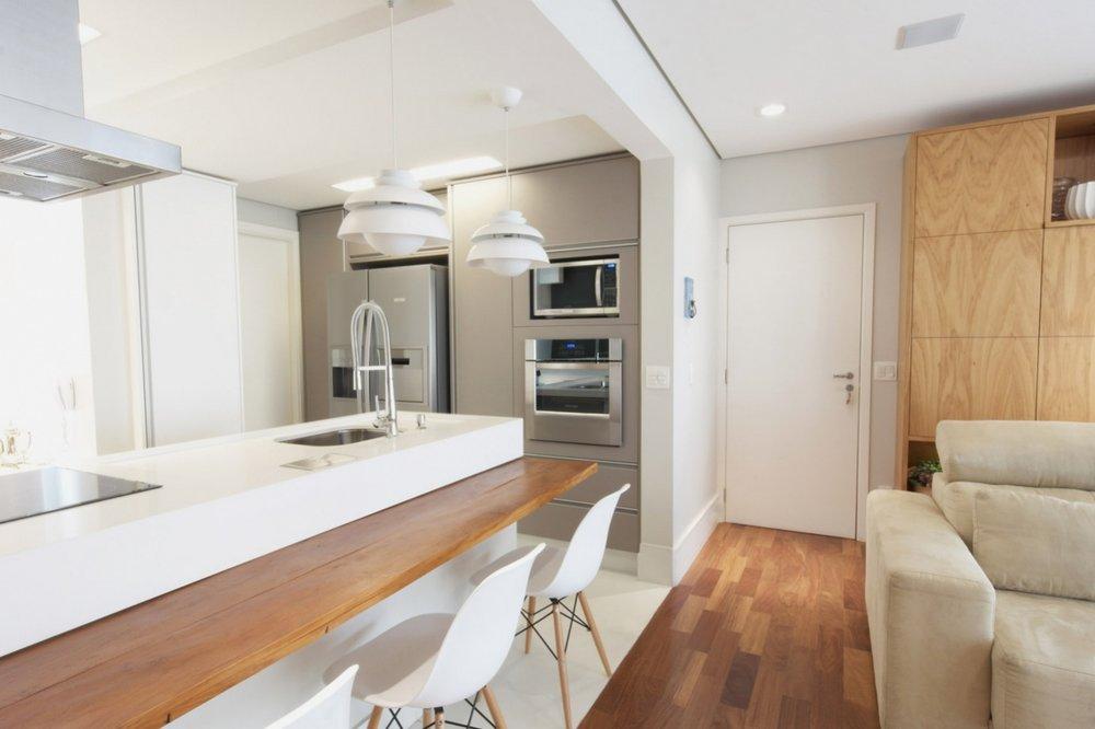 Daniela-Marques-Arquitetura-005-Sala-Cozinha-Integrada-Ilha.jpg