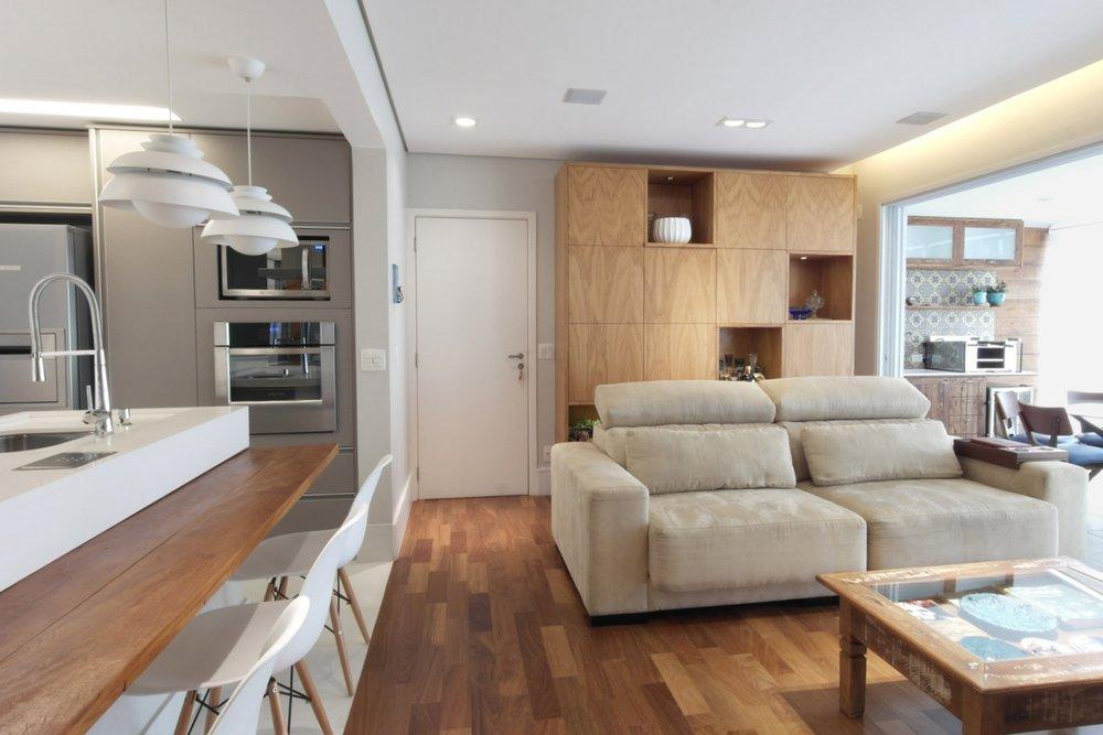 Daniela-Marques-Arquitetura-004-Sala-Cozinha-Integrada-Ilha.jpg