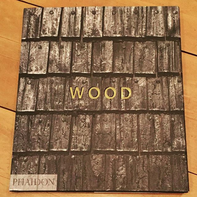 Hope you had a Merry Christmas! A favorite #Christmaspresent Thanks @acrsci ! #woodbook #wood  #woodisgood #giftsforwoodworkers #woodenbuildings #coolstructures #coffeetablebooks