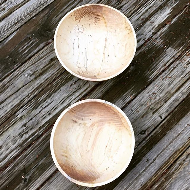 A couple of ash bowls, proving the existence of spalted ash! #woodturning #lathe #woodbowl #spalted #ash