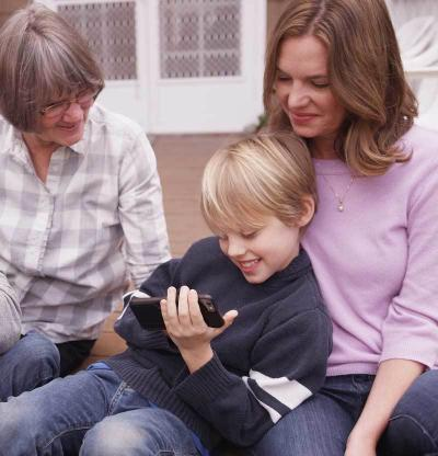 How to Face The Challenges of Coparenting With Your Own Parents