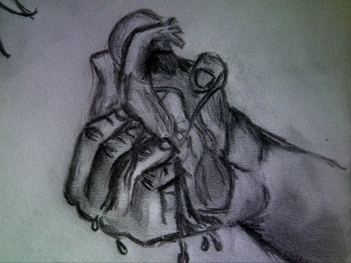 hand_crushing_the_heart_by_tattoo_madd-d54scc0.jpg