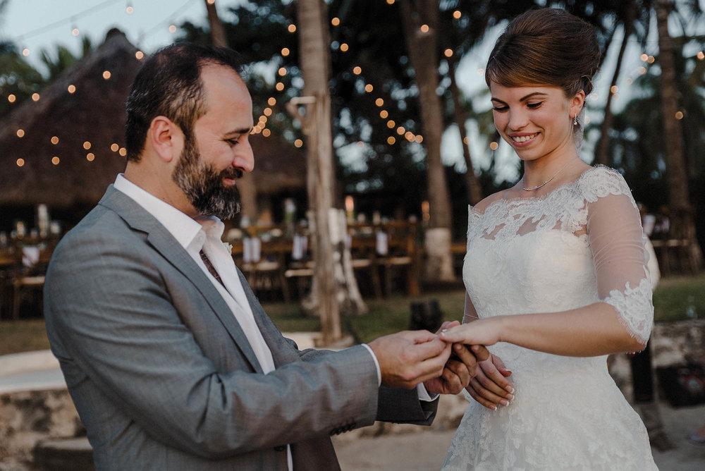 magali wedding photographer fotografo boda vallarta_26.jpg