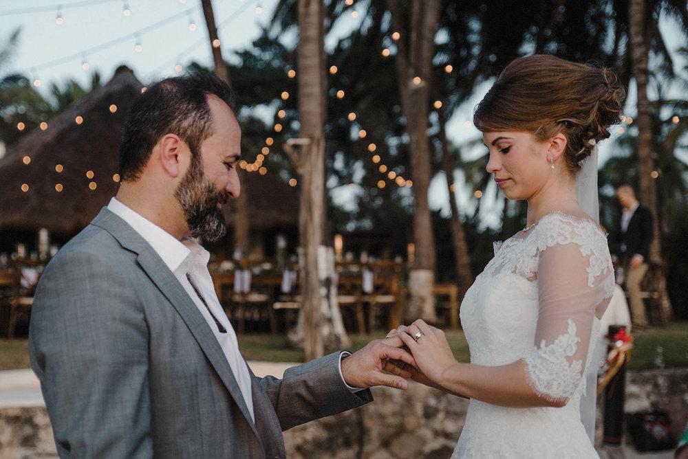 magali wedding photographer fotografo boda vallarta_27.jpg