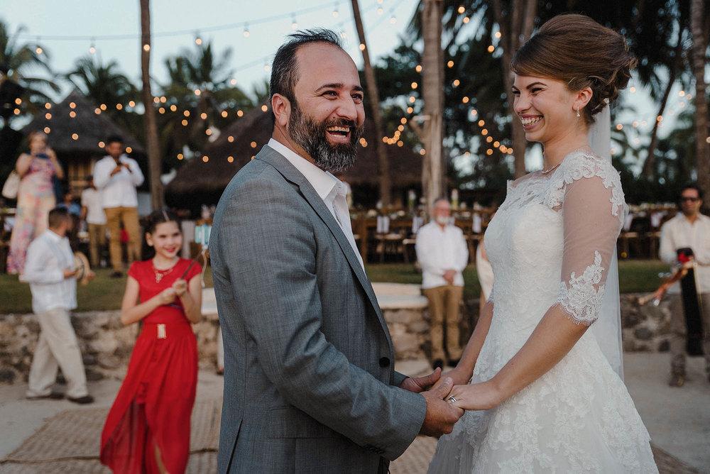 magali wedding photographer fotografo boda vallarta_30.jpg