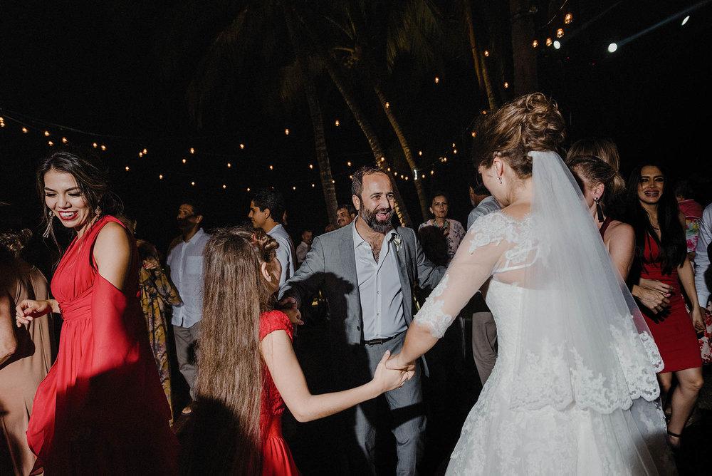 magali wedding photographer fotografo boda vallarta_50.jpg