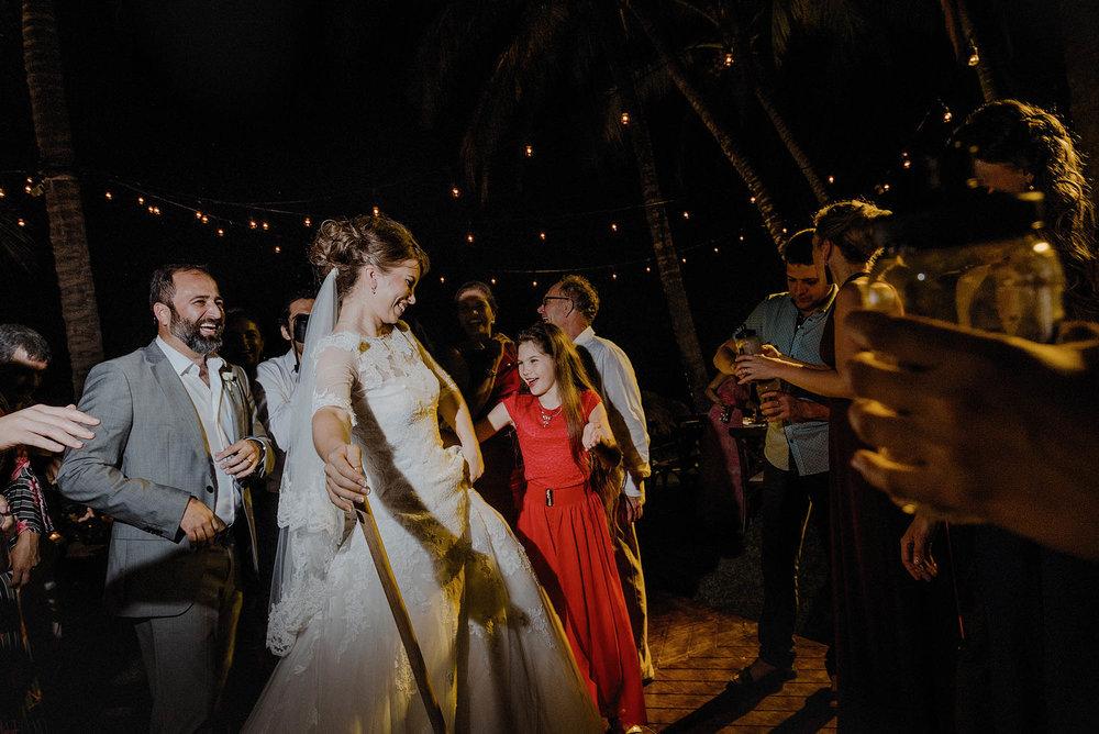 magali wedding photographer fotografo boda vallarta_52.jpg
