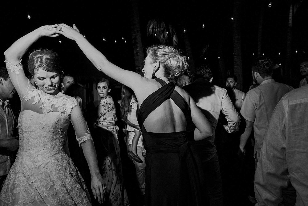 magali wedding photographer fotografo boda vallarta_54.jpg
