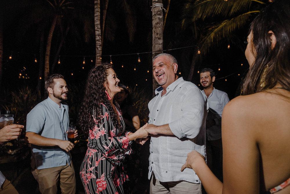 magali wedding photographer fotografo boda vallarta_57.jpg