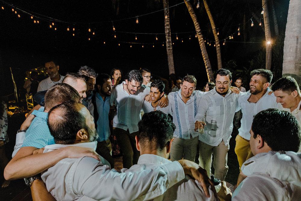 magali wedding photographer fotografo boda vallarta_64.jpg